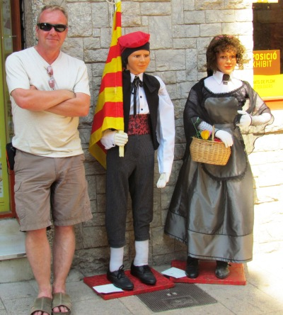 Catalan National Dress and Independence