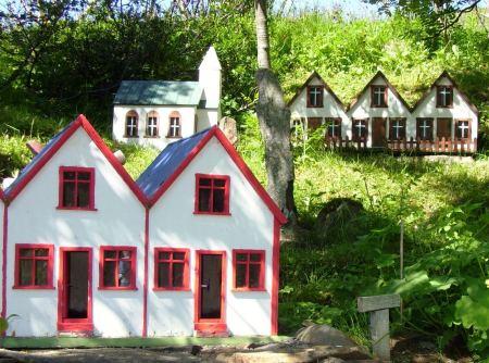Elf Houses 1
