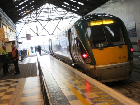 Iarnród Éireann (Irish Rail) diesel powered 22000 class train