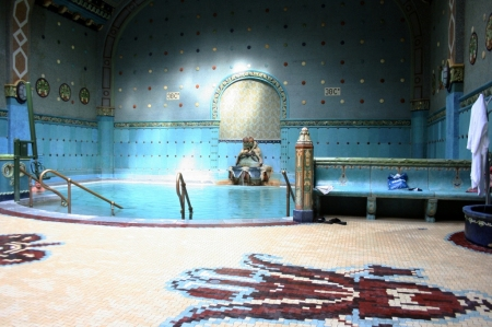 Thermal-Pool-Gellert-Spa-Bath