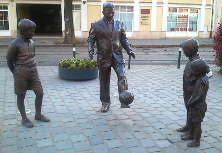 Puskas-Ferenc-Statue