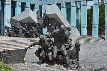 Warsaw Statue