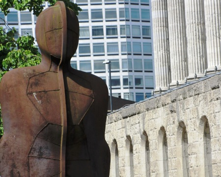 Anthony Gormley Iron Man Birmingham