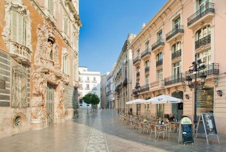 Antoni Gaudi Have Bag Will Travel