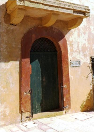 Victoria Rabat Door