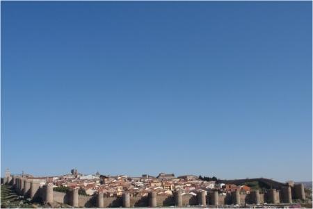 Avila Blue Sky