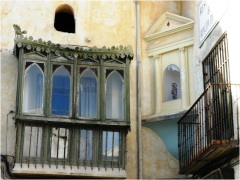 Chinchon Windows