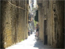 Naples Backstreets 04