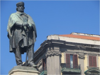 Naples Statue 4
