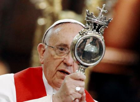 Pope and blood of Saint Jenarius
