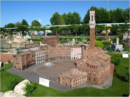 Siena in Miniature