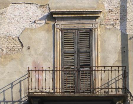 Milan Balcony 3