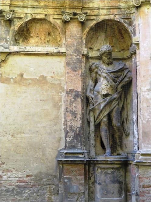 Bologna Statue
