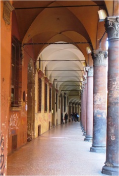 Colonnades 06