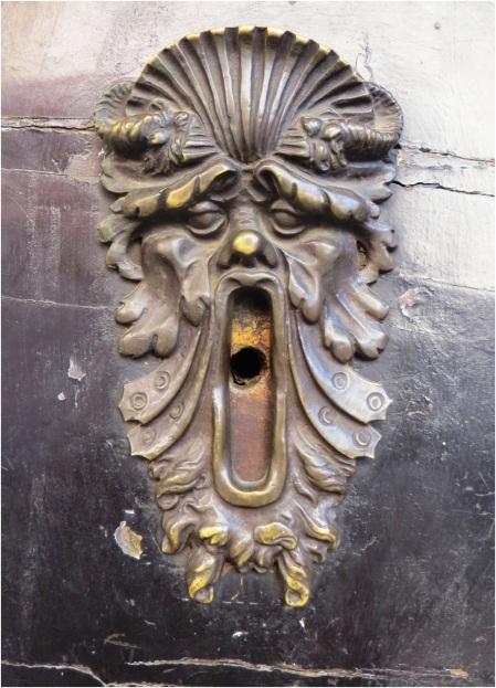 Door Detail 04