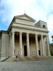 800px-San_Marino_katedra