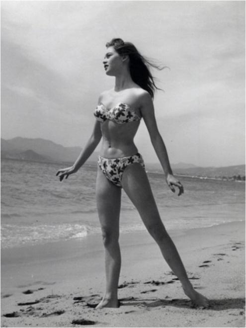 1954 Bikini 7