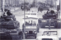 Checkpoint Charlie 04