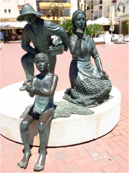 Fishing Family Statue