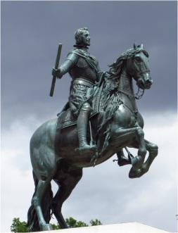 Madrid Statue 01
