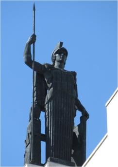 Madrid Statue 02