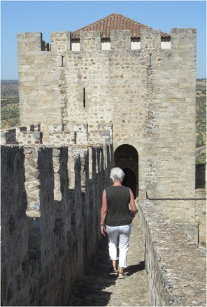 Elvas Castle 01