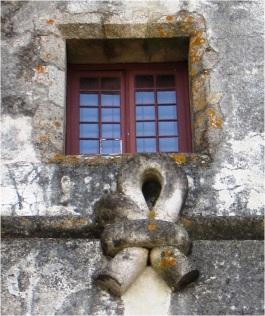 Evoramonte Castle Window 01