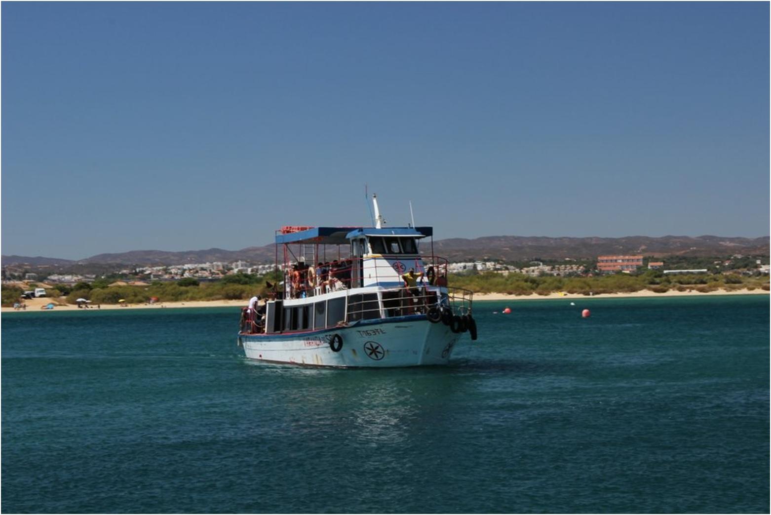 ilha_tavira-ferry_boat