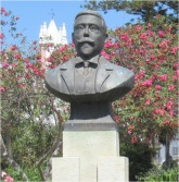 Tavira Statue
