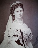 800px-Elisabeth-Österreich-1867