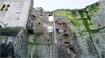 Newark Castle 05