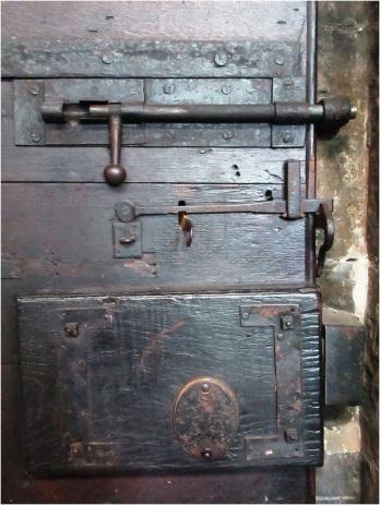Newark Church Door Lock