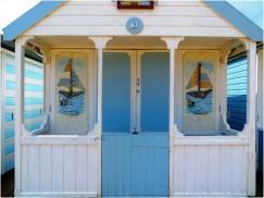 Beach Hut 04