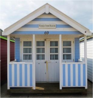 Beach Hut 05