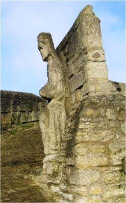 Crowland Bridge Statue 01