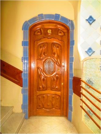 Casa Batllo Door 01