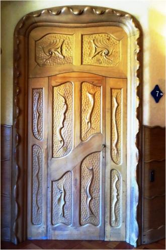 Casa Batllo Door 03