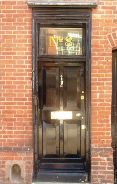 Leicester Door 06