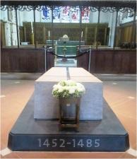 Richard III tomb 1